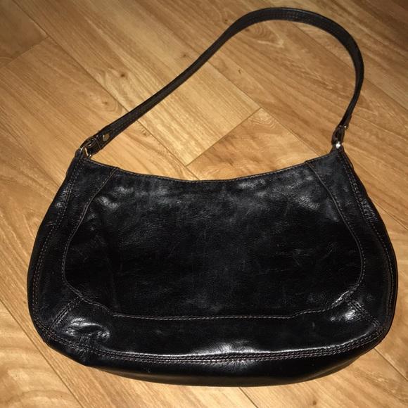 HOBO Handbags - Hobo style HOBO international purse